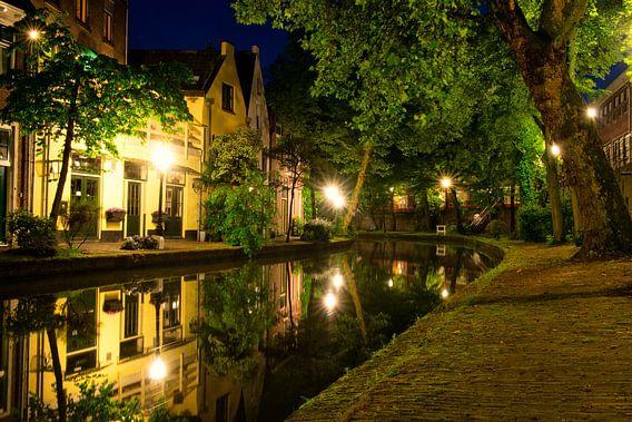 Utrecht Oudegracht: Twijnstraat ad Werf