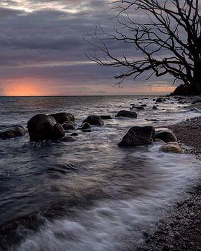 Slow motion branding bij zonsondergang