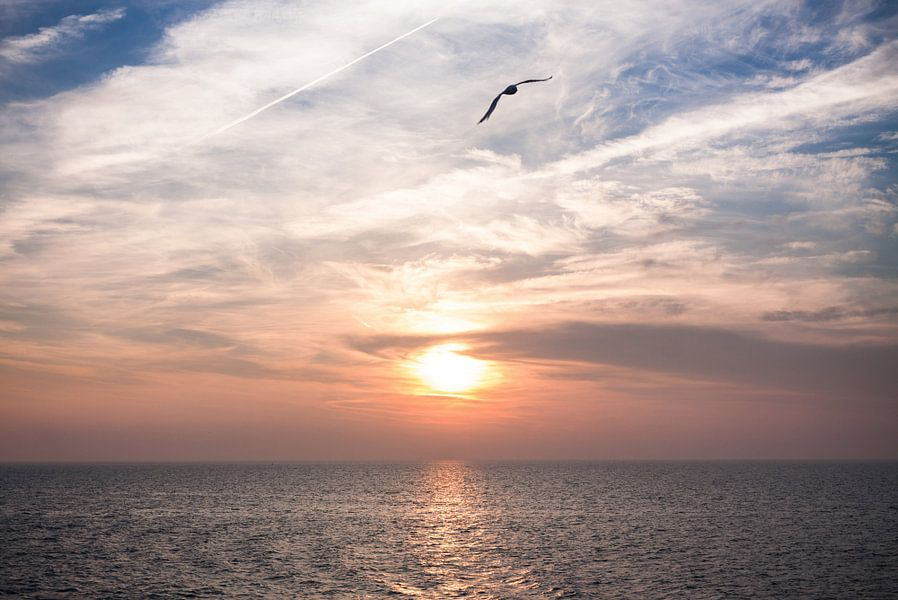 Zonsondergang op de Waddenzee van Frenk Volt