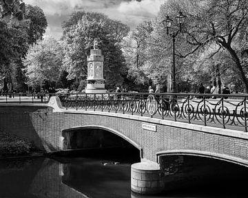 Breda Willemsbrug bij Valkenberg Park van Jean-Paul Wagemakers