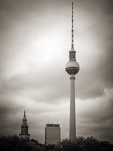 Black and White Photography: Berlin – TV Tower van Alexander Voss