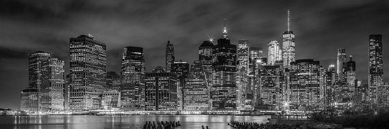 De Skyline van NEW YORK bij nacht | Panorama