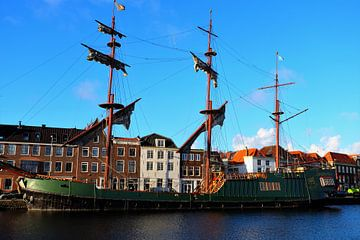 Haarlem, driemaster de Soeverijn van Marian Klerx