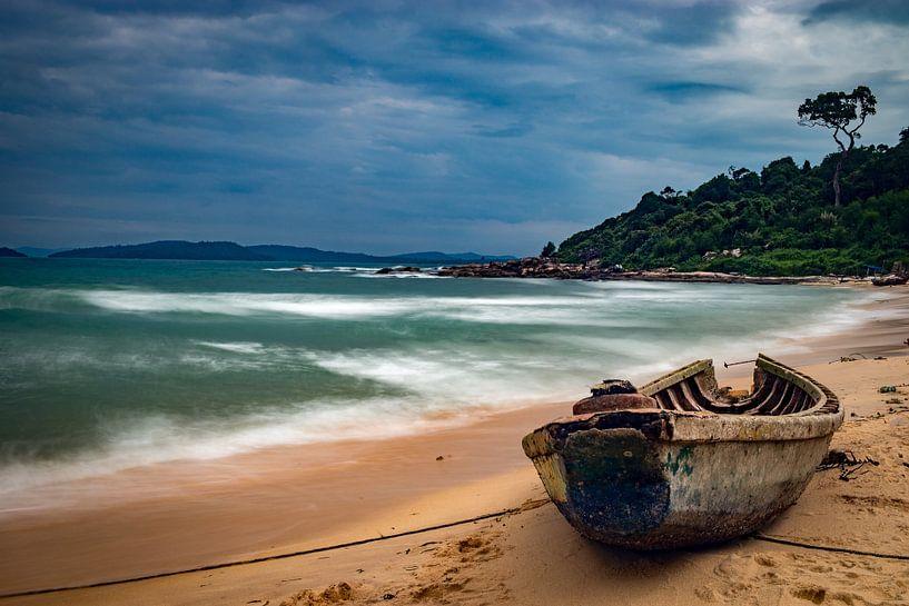 Strand in Vietnam van Nico  Calandra