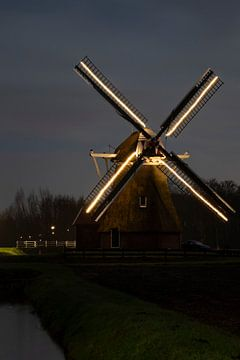 Beleuchtete Mühle. von Anjo ten Kate