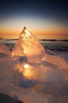 Kruiend ijs von Aland De Wit