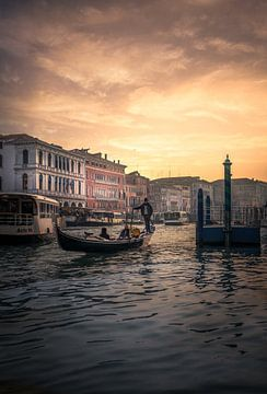 Zonsondergang in Venetië van Iman Azizi