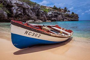 Vissersboot op Curacao van Sebastiaan van Baar