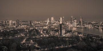 Rotterdam in de avond (sepia) van John Ouwens