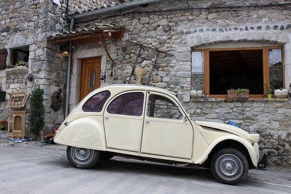 2CV in een frans dorpje
