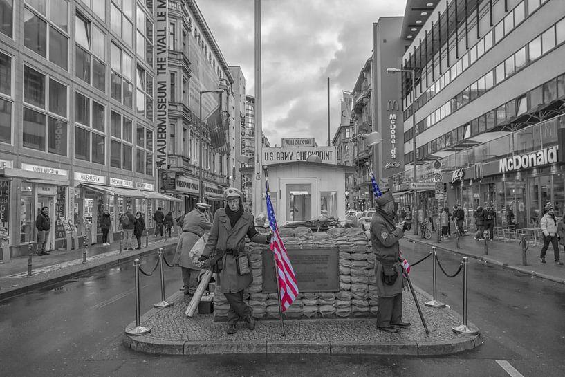 Checkpoint Charlie Berlijn van FotoAmsterdam / Peter Bartelings