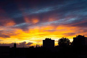 Skyline Enschede bij zonsondergang van Stef Kuipers