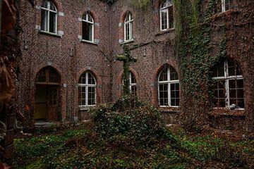 Klooster Antoinette von Ivana Luijten