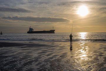 Tegenlicht op een Zeeuws strand sur Marcel Klootwijk