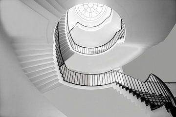 Drei Stockwerke hoch bw von Anita Martin, AnnaPileaFotografie