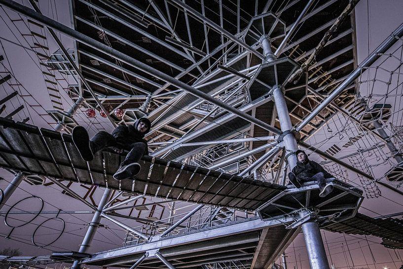 Doppelgänger klettern Turm von Siebe Taeleman
