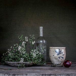 Olijfgroen  stilleven met fluitenkruid [vierkant] van Affect Fotografie