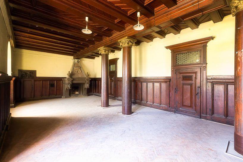 Kamer in Verlaten Paleis. van Roman Robroek