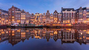 Amsterdam Singel Panorama Blauwe Uur van Vincent Fennis