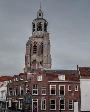 Sint-Gertrudiskerk (peperbus) in Bergen op Zoom sur Kim de Been