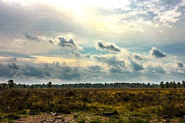 wolken over de heide von claes touber