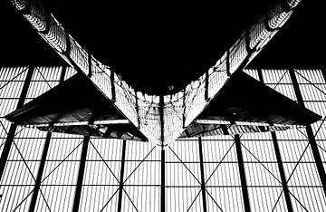 Stehen unter ein KLM Boeing 747 von Dennis Dieleman