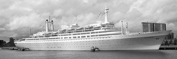 SS Rotterdam Grand Dame V