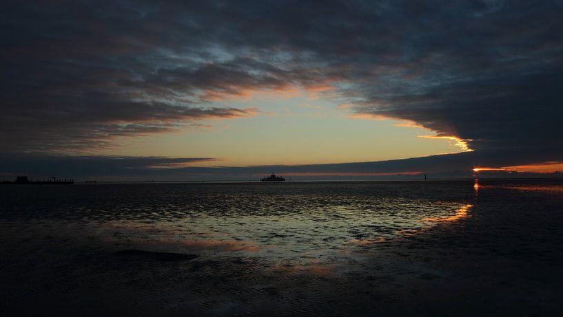 Ameland dans toute sa splendeur au coucher du soleil. sur Rinnie Wijnstra