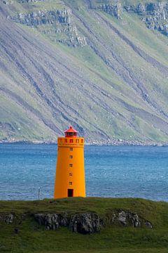 IJslandse vuurtoren  van Menno Schaefer