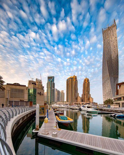 Dubai Marina een nieuwe dag wacht van Rene Siebring