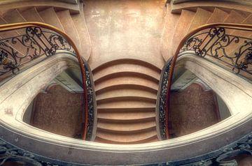 Eleganz – wunderschönes Treppenhaus in einem Schloss von Roman Robroek