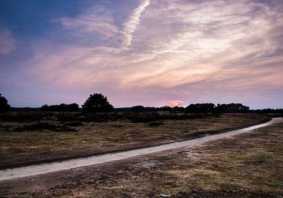 Zonsondergang Tafelbergheide van Naresh Bhageloe