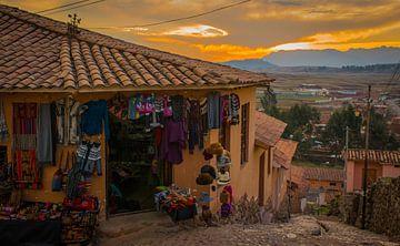 Shop in einem Dorf im Heiligen Tal, Peru von Rietje Bulthuis