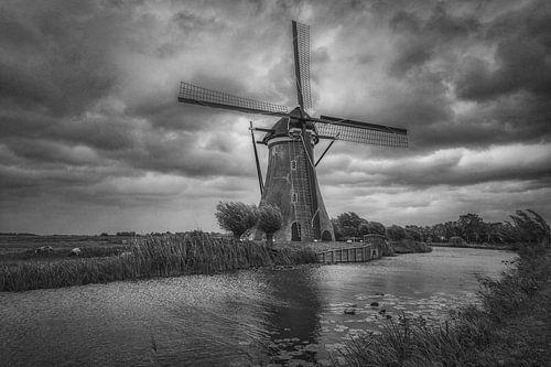 Boezemmolen No. 6 is een windmolen in Haastrecht in de Nederlandse provincie Zuid-Holland. Het is ee
