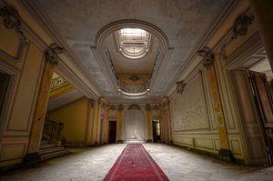 Chateau Lumiere van
