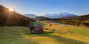 In the morning at Lake Gerold in Bavaria van