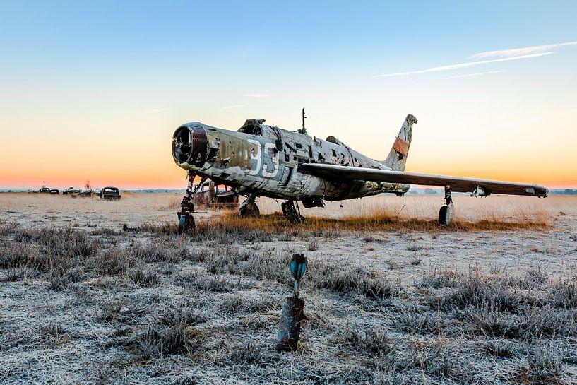 Prachtig vliegtuigje met de ochtendzon van William Linders