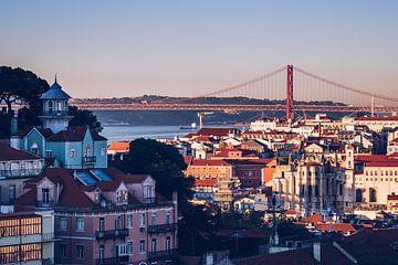 Lissabon Skyline / Ponte 25 de Abril von Alexander Voss