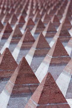 Pyramid Shapes van bert van wijk