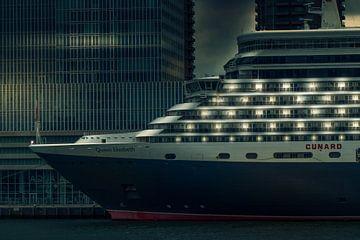 Queen Elizabeth cruise schip van Rob Eijfferts