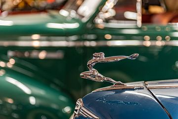 Logo en ornament op een Buick van
