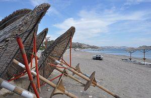 Strand parasols, Kefalos Beach,  Kos, Griekenland van