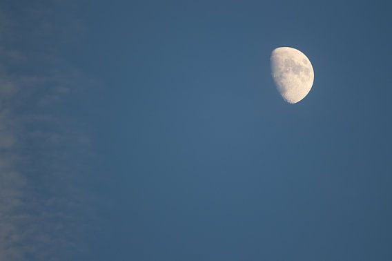 Mond am Nachmittag
