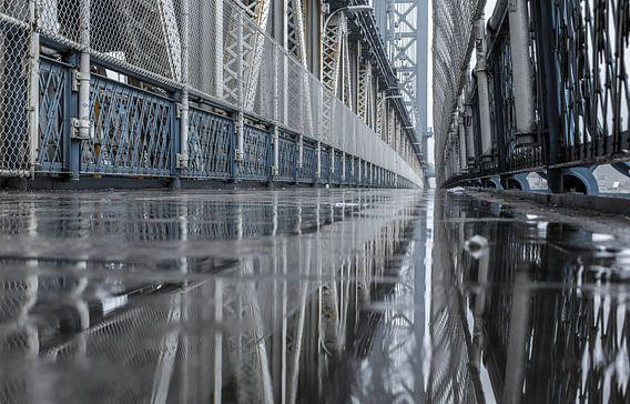 Spiegeling Manhattan Bridge (New York City)