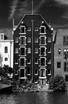Een pakhuis van Amsterdam, Nederland (Zwart Wit) van Maurits Simons