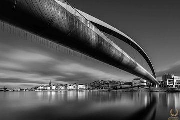 Fietsbrug (Hoeg Brögk) Zwart-Wit van Danny Bartels