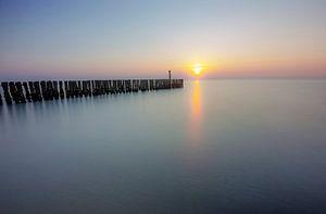 Een kalme zonsondergang van