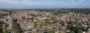 Luchtpanorama van Cadier en Keer in Zuid-Limburg van John Kreukniet