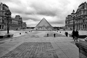 Louvre - Parijs von Bob Bleeker