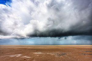 Regenbui boven de Hors, Texel